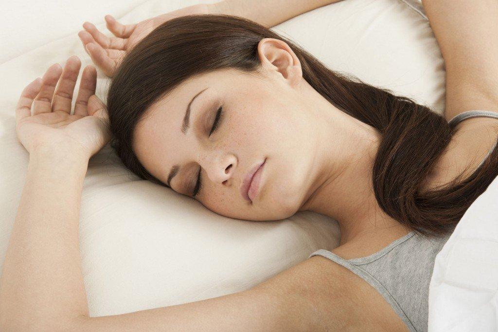 Care este pozitia corecta pentru un somn odihnitor